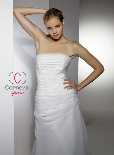 06dcf5f2264e Abiti da sposa 2010  la collezione Carnevali Spose