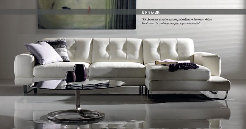 Catalogo 2011 divani divani by natuzzi che tipo di divano for Divani by natuzzi