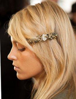 Acconciature e accessori per capelli: novità e tendenze ...