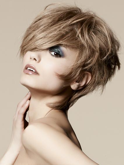 Tagli di capelli donna 2012 primavera estate: le proposte ...