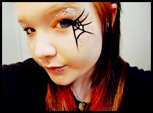 Un trucco semplice per Halloween: foto e video tutorial ...